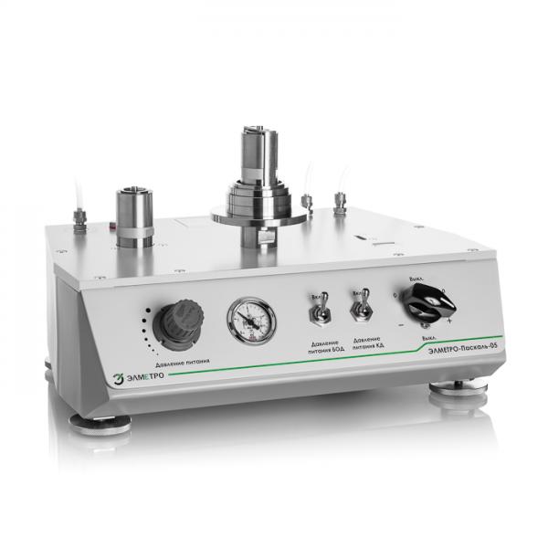 Калибратор давления пневматический ЭЛМЕТРО-Паскаль-05